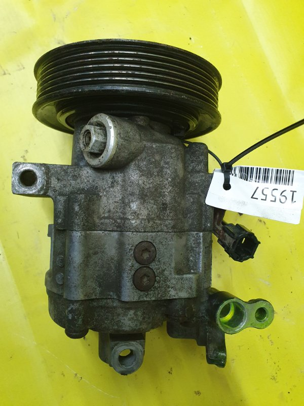 Компрессор кондиционера Nissan Sunny FB15 QG15DE 2001