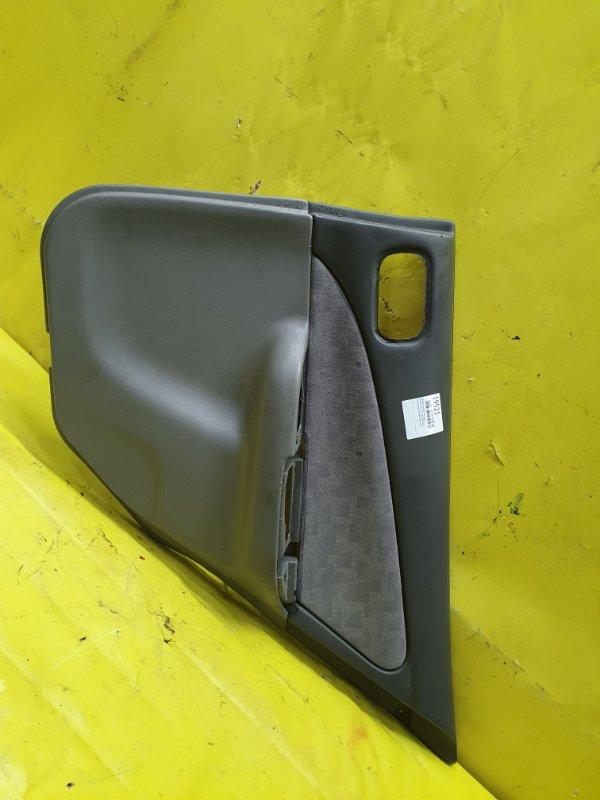 Обшивка дверей Nissan Sunny FB15 QG15DE 2001 задняя правая