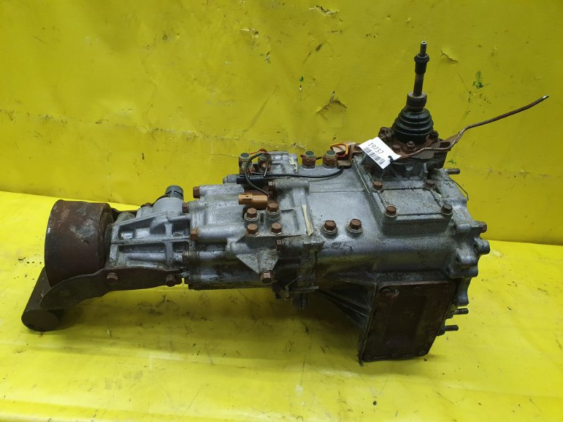 Раздатка Mitsubishi Pajero V45W 6G74 1995