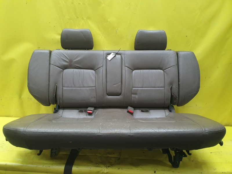 Сидение Mitsubishi Pajero V45W 6G74 1995 заднее