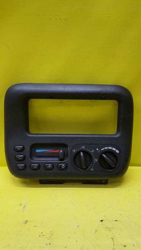 Блок управления климат-контролем Chrysler Voyager VM54B 1996