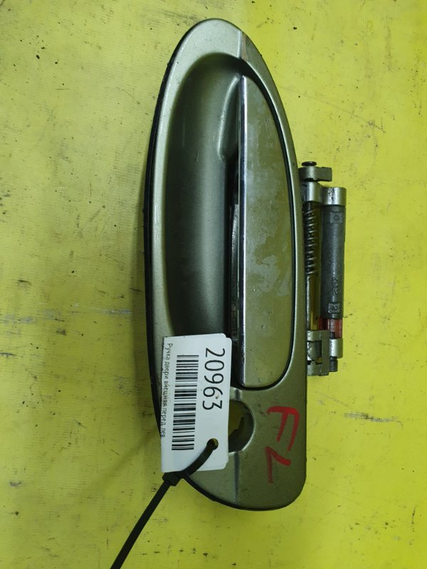 Ручка двери внешняя Nissan Cefiro A33 VQ20 2001 передняя левая