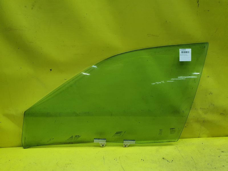 Стекло двери Nissan Cefiro A33 VQ20 2001 переднее левое