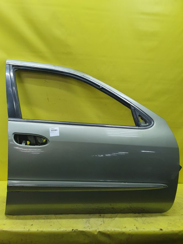Дверь Nissan Cefiro A33 VQ20 2001 передняя правая