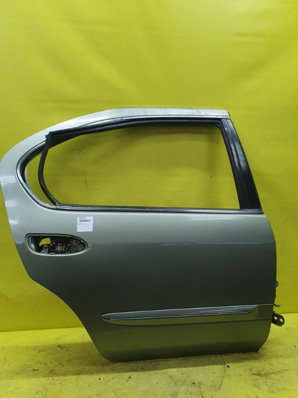 Дверь Nissan Cefiro A33 VQ20 2001 задняя правая