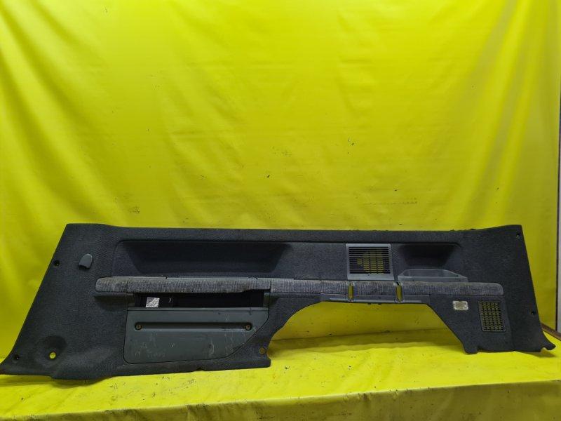 Обшивка багажника Honda Stepwgn RF1 B20B 2000 задняя правая