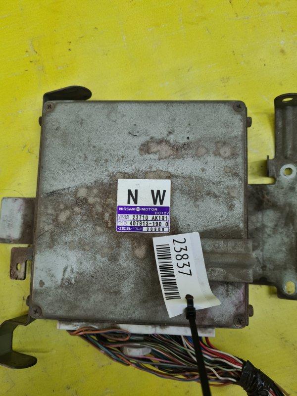 Блок управления efi Nissan Bluebird SU14 CD20 1998