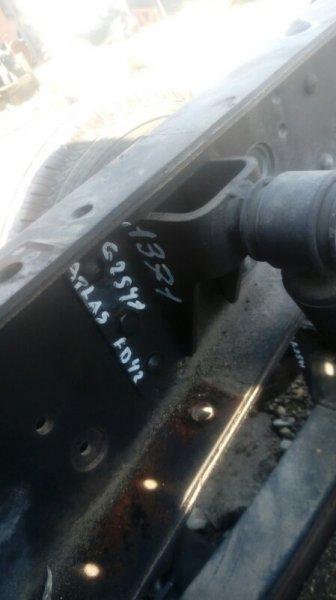 Крепление амортизатора Nissan Atlas G2S41 FD42 1994 заднее правое