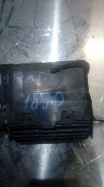 Воздуховоды отопления салона Toyota Hiace KZH116 1KZ 1999