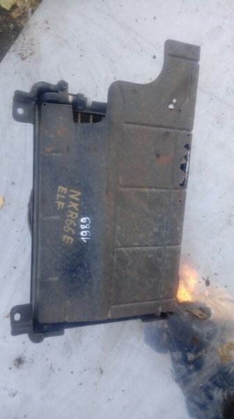 Радиатор кондиционера Isuzu Elf NKR66E 4HF1 2001