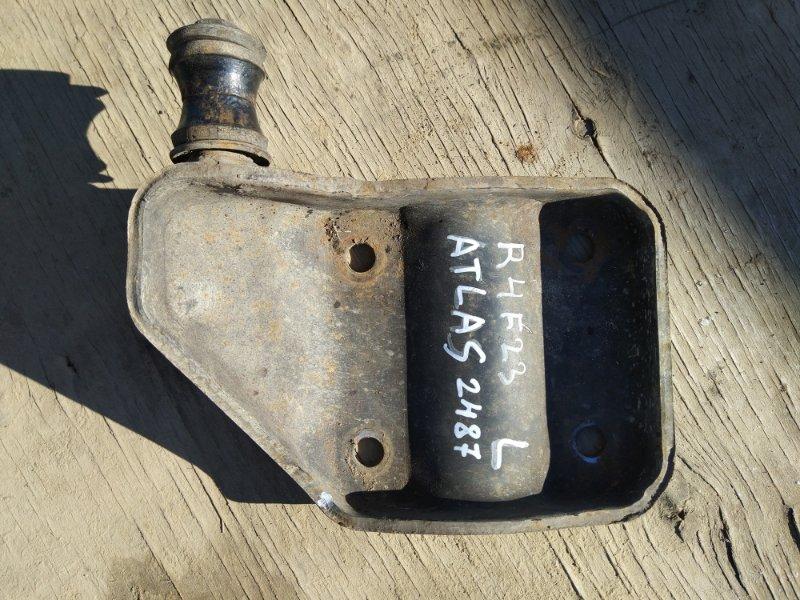 Крепление амортизатора Nissan Atlas R4F23 QD32 2001 заднее