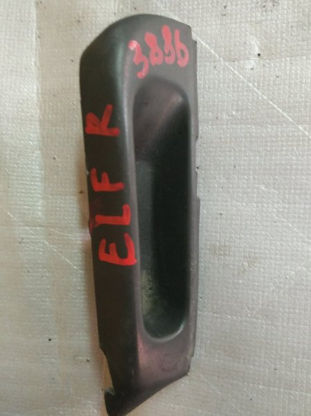 Ручка двери, салонная Isuzu Elf NKR66E 4HF1 1996