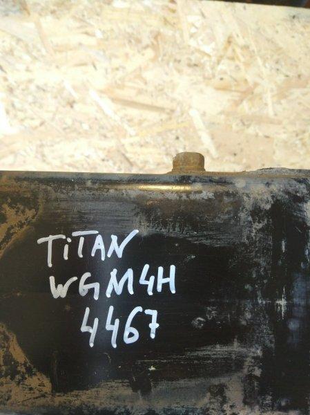 Подушка кабины Mazda Titan WGM4H TM 1992 левая