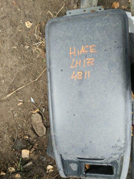 Бардачок, между сиденьями Toyota Hiace LH178 5L 2004