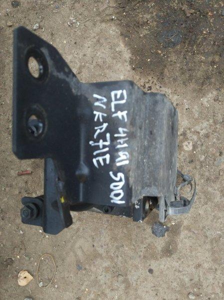 Блок abs Isuzu Elf NKR71E 4HG1 1998