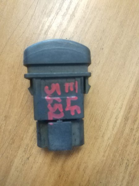 Кнопка Isuzu Elf