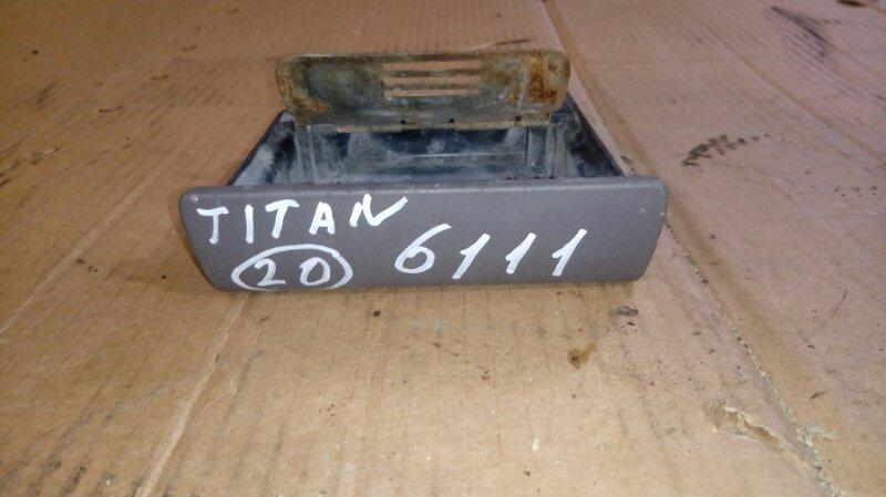 Пепельница Mazda Titan WHF5T TF 2004