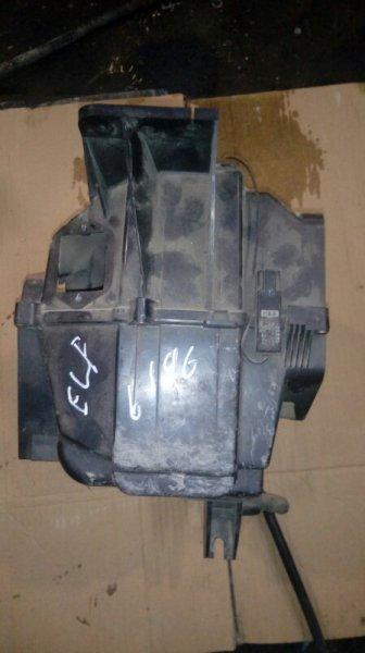 Корпус кондиционера Isuzu Elf NKR71E 4HG1 2001