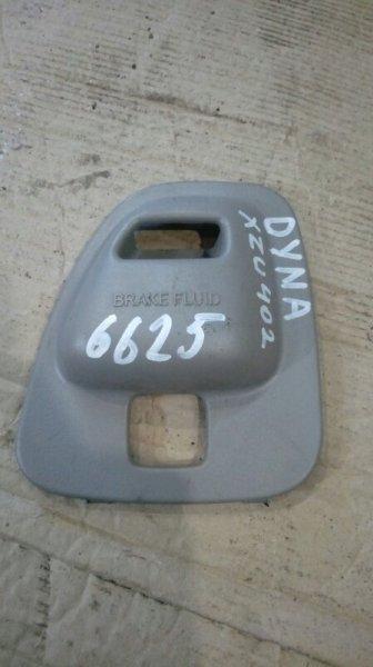 Крышка бочка тормозной жидкости Hino Dutro XZU402 S05C 2003