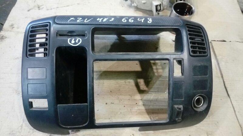Консоль магнитофона Hino Dutro XZU402 S05C 2003