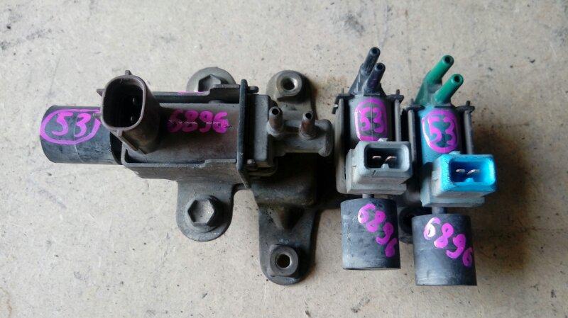 Клапан вакуумный Isuzu Elf NKR66E 4HF1 1997