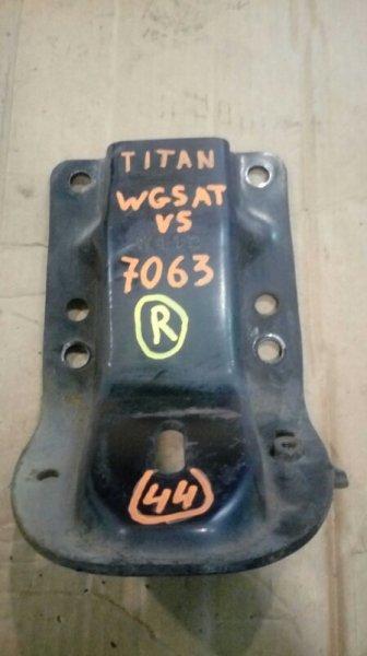 Кронштейн опоры двигателя Mazda Titan WGSAT VS 1998 передний правый