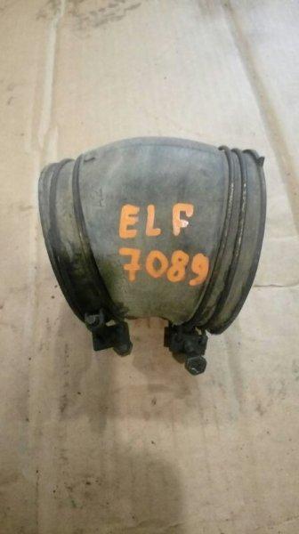 Патрубок воздухозаборника Isuzu Elf