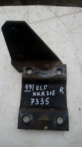 Опора рессоры Isuzu Elf NKR71E 4HG1 2000 задняя правая