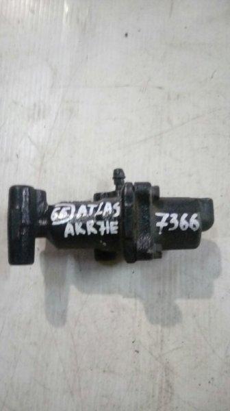 Клапан перераспределения тормозных сил Nissan Atlas AKR71E 4HG1 1998