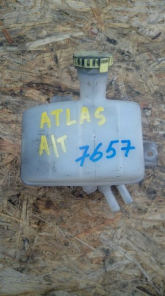 Бачок тормозной жидкости Nissan Atlas