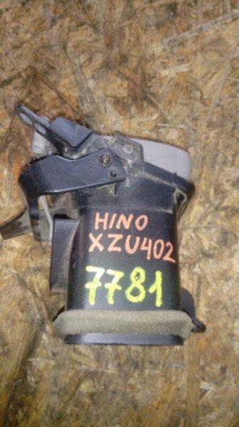 Воздуховоды отопления салона Hino Dutro XZU402 S05C правые