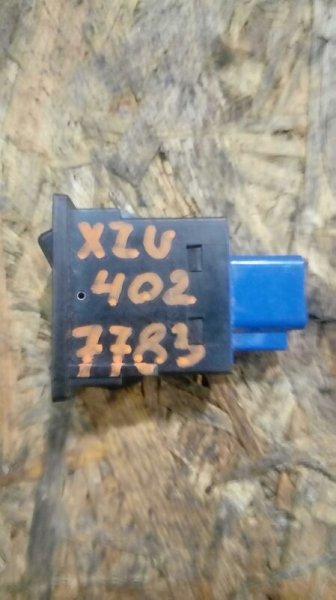 Кнопка управления зеркалом Hino Dutro XZU402 S05C