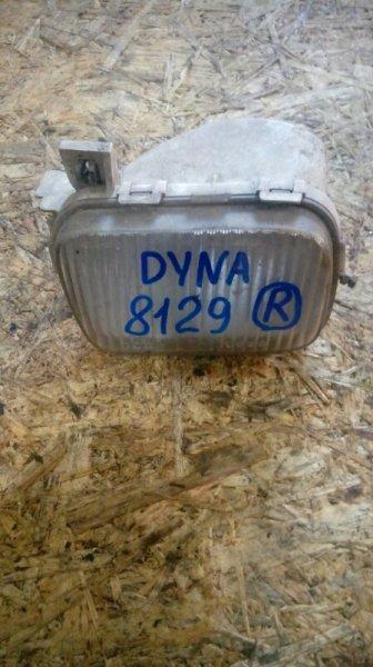 Туманка Toyota Dyna правая