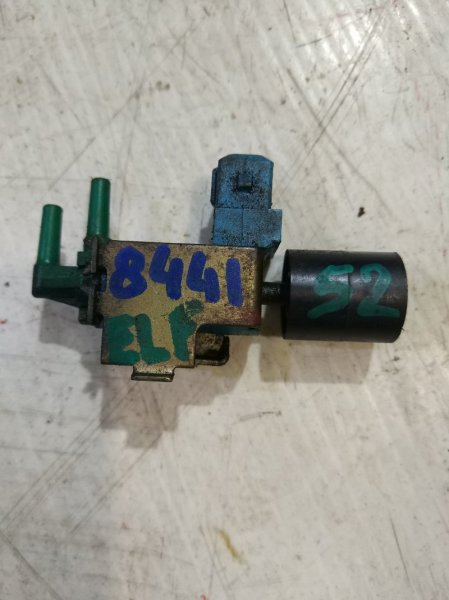 Клапан электромагнитный Isuzu Elf NKR66E 4HF1 1996