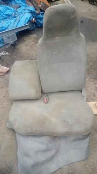 Сиденье Toyota Dyna XZU307 2001