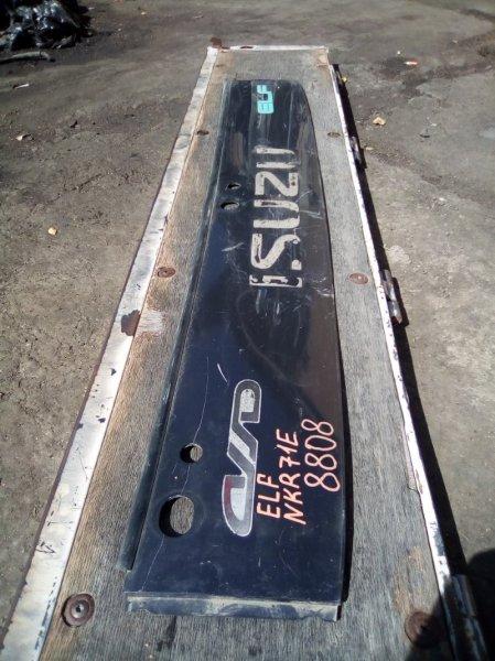 Жабо Isuzu Elf NKR71E 1999