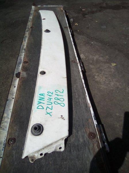 Жабо Toyota Dyna XZU412 2003