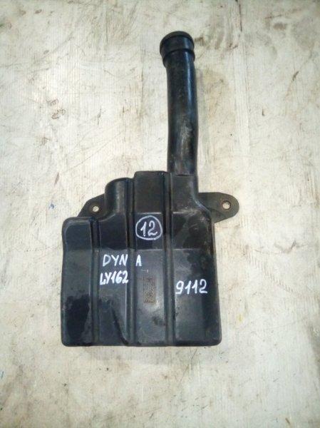 Патрубок воздухозаборника Toyota Dyna LY162 5L 1999