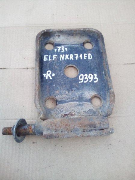 Крепление амортизатора Isuzu Elf NKR71ED 4HG1 2000 заднее правое