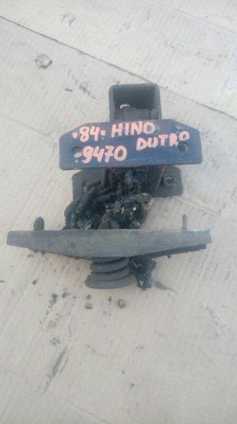 Механизм крепления запасного колеса Hino Dutro XZU336 S05D 2005