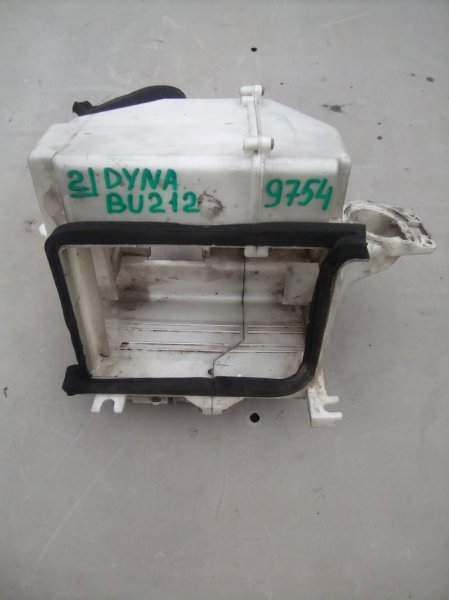 Корпус кондиционера Toyota Toyoace BU212 15B 1996