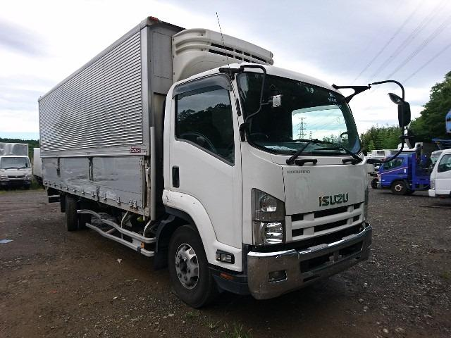 Бампер Isuzu Forward FRR34S2 6HK1 2010