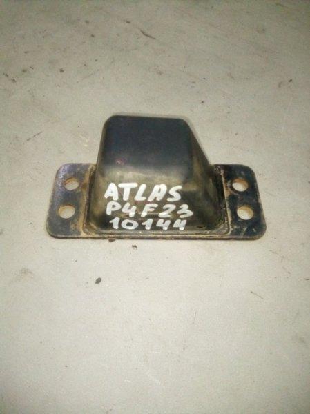 Отбойник моста Nissan Atlas P4F23 TD27 задний