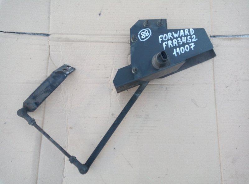 Клапан перераспределения тормозных сил Isuzu Forward FRR34S2 6HK1 2010