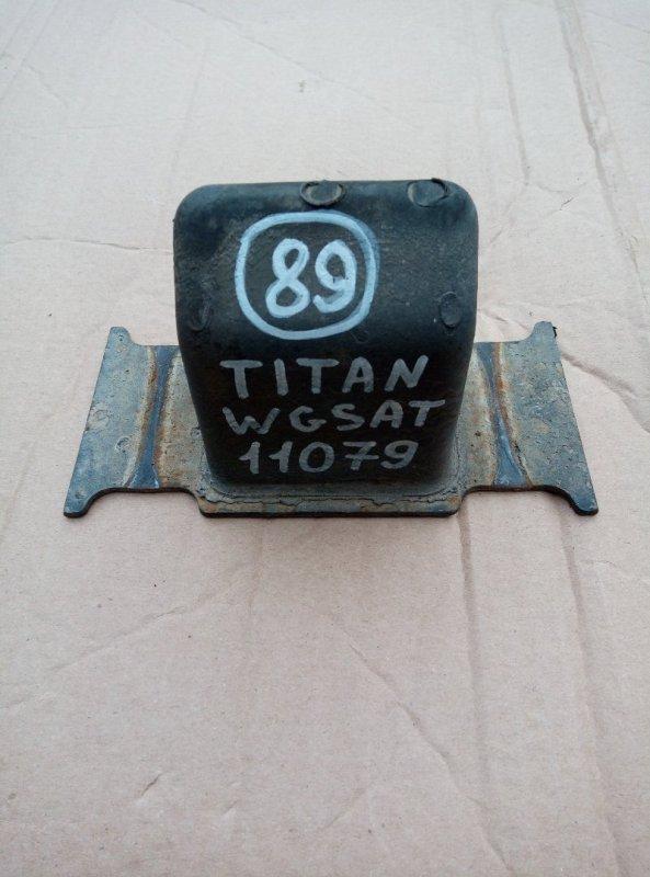 Отбойник моста Mazda Titan WGSAT VS 1997 задний