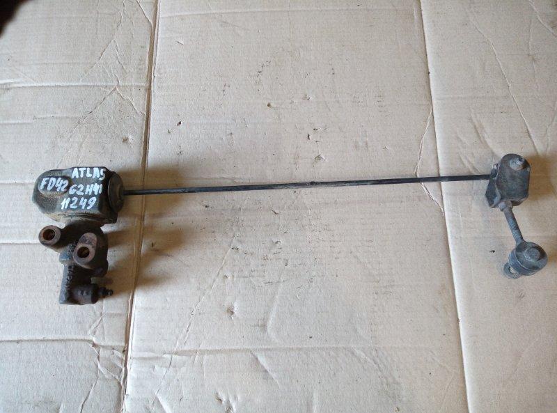 Клапан перераспределения тормозных сил Nissan Atlas G2H41 FD42 1992