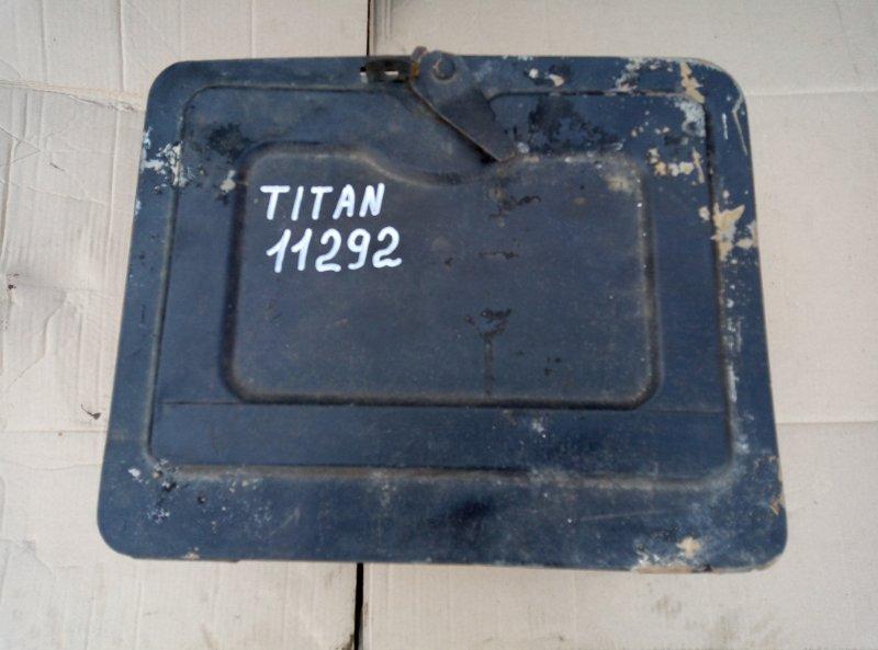 Ящик для инструментов Mazda Titan