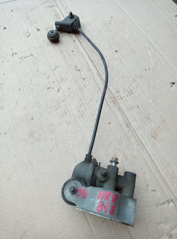 Клапан перераспределения тормозных сил Isuzu Elf NKR81E 4HL1 2006