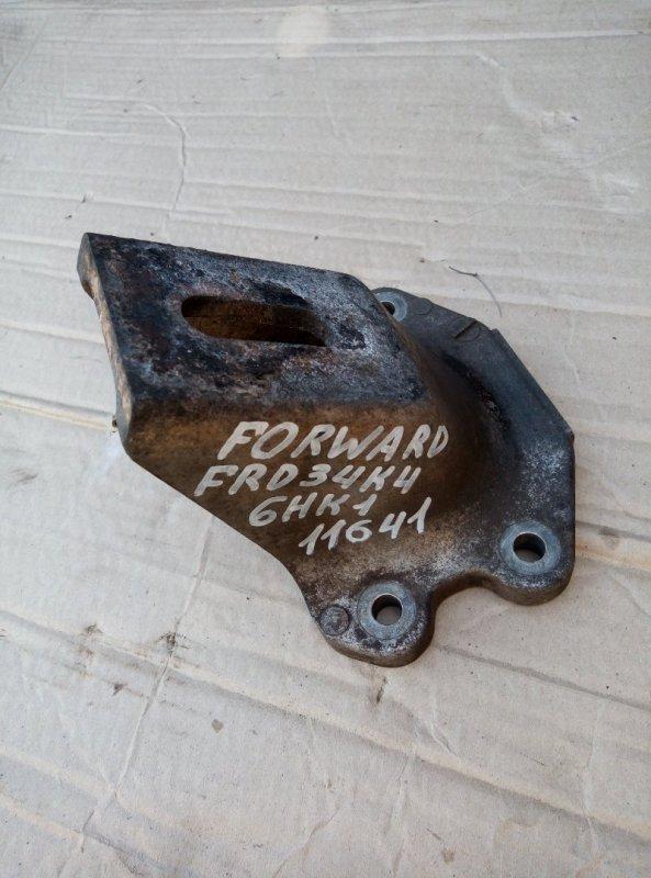 Крепление двигателя Isuzu Forward FRD34K4 6HK1 2000