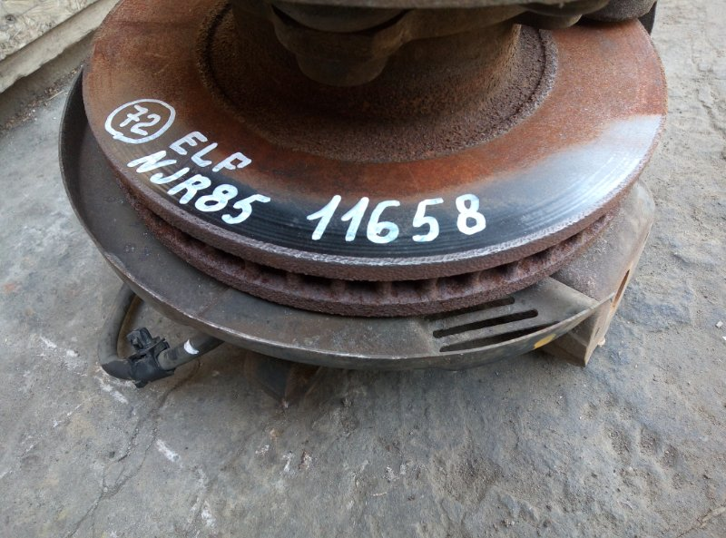 Тормозной диск Isuzu Elf NJR85 4JJ1 2009